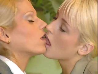 Sex Movie of Mature Lesbian 5