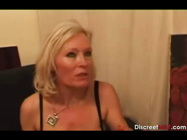 Porno Video of Casting French Blonde Mature Housewife