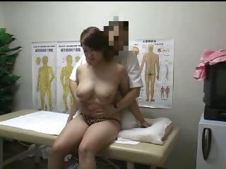 Porno Video of Japanese Massage Fuck 7