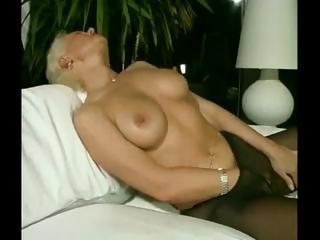 Porno Video of German Milf Solo