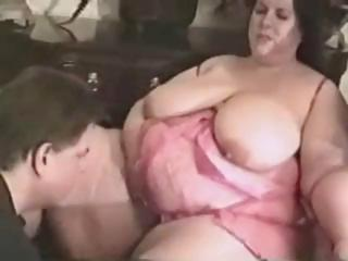 Sex Movie of Chubby Guy Gets A Pair Of Chunky Chicks To Do An Interracial Three-way With Him