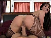 Deepthroating s not a hobby it s a profession   Pornstar Video Updates
