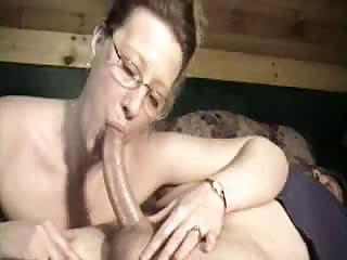 Porn Tube of Mom With Glasses Asks For A Cumshot