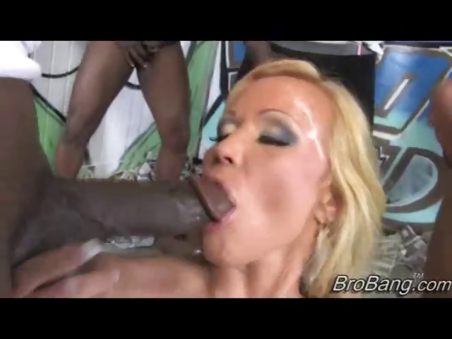 Porno Video of 7 Blacks Jizz On Busty Blonde!