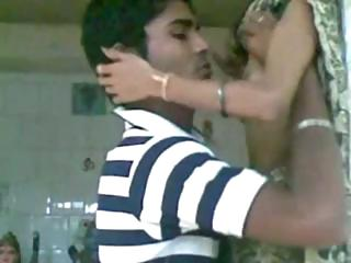 Porno Video of Indian Scandal Newly Married Girl Sexing With Her Old Lover