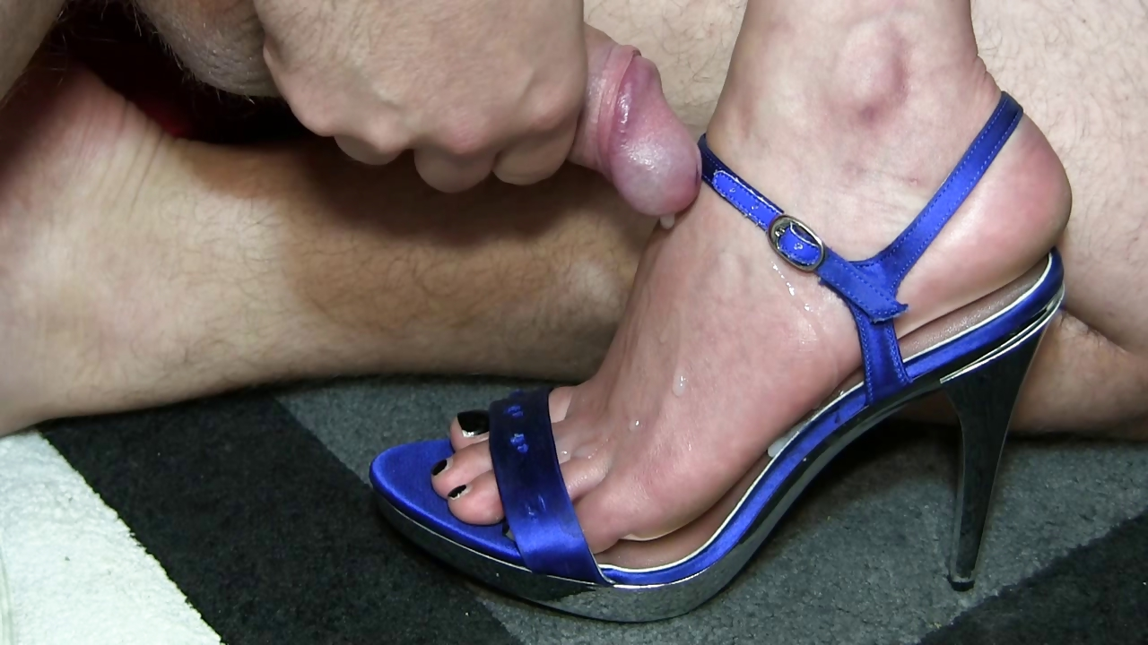 Porno Video of Shoejob