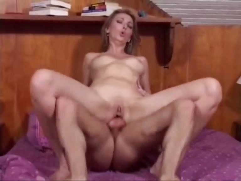 Porno Video of He Have Fucked The Mother Of His Girlfriend