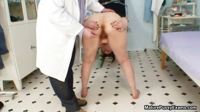 Porn Tube of Thick Old Wife Gets Her Tight Ass Examed