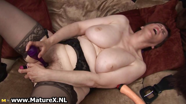 Porn Tube of Thick Grandma With Sexy Black Stockings
