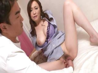 Sex Movie of Mature Japanese Roomservice Part1of2