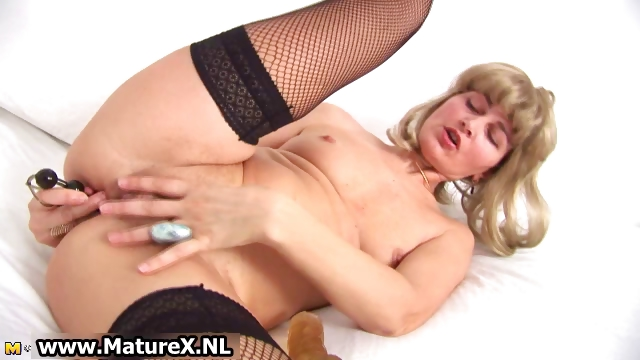 Porn Tube of Horny Older Housewife Gets