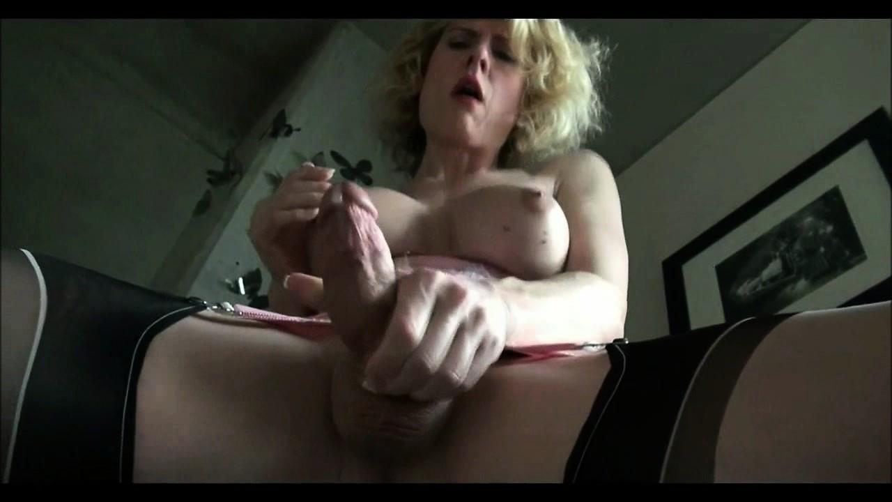 Mature tranny ejaculates loads of cock juices