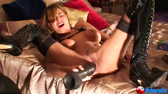Porn Tube of Sandi Squirt Rides A Huge Toy!