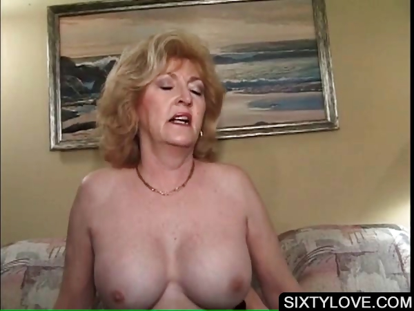 Porno Video of Blonde Mature Fucking Horny Penis