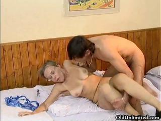 Porno Video of Nasty Mature Woman Getting
