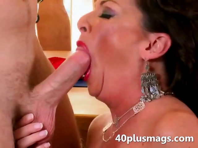 Porno Video of Brutal Housewife Sucking Youger Dick