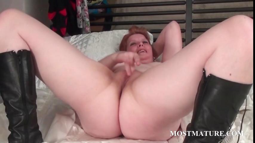 Porno Video of Dildo Fucking With Mature Redhead