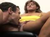 Muscled babe has ehr pussy licked