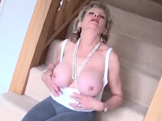 adulterous english milf lady sonia flashes her heavy jugs