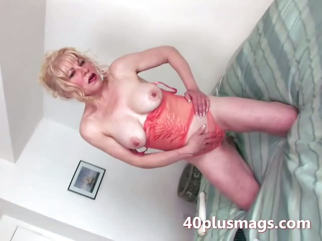 Porn Tube of Mature Mom Teasing With Her Hot Body