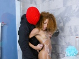 Ebony Chick Kendall Woods Blows Big Cock Of Robber
