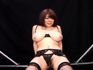 big breasted japanese hottie in black lingerie enjoys a dee