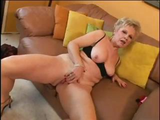 Porno Video of Blond Nice Hot Granny