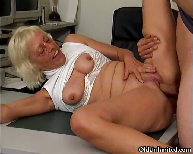 Porno Video of Nasty Grandma Loves Getting Fucked