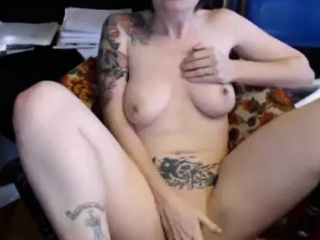 horny camgirl with tattoos