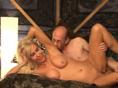 Amazing blonde gets screwed in a gangbang   Porn-Update.com