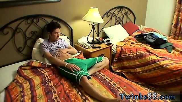 Cute cut dick boys movie and twink gay boy erotic fiction Je