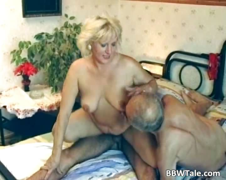 Porno Video of Old Milf Having Steamy Sex With Two