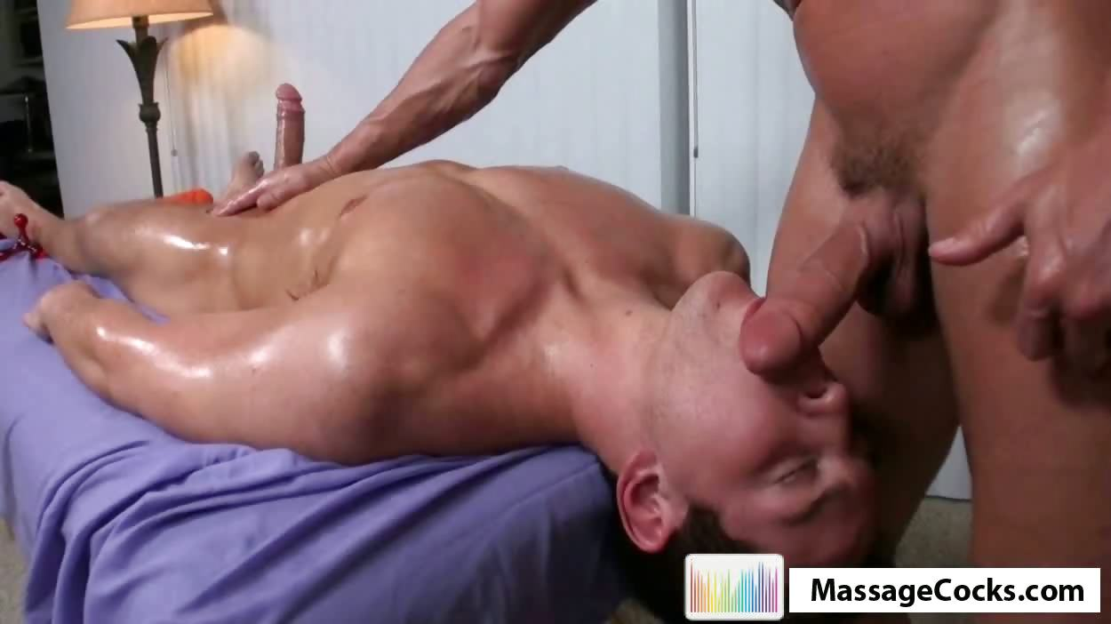 Porno Video of Massagecocks Dilan Likes Massage