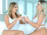 Sienna Day & Ivanna Sugar