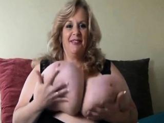 suzieqhasbigboobs plays with unreal massive boobs bbw-sexy