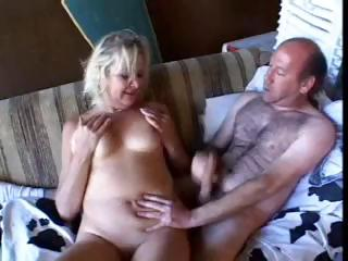 Sex Movie of A Granny Gets Reamed