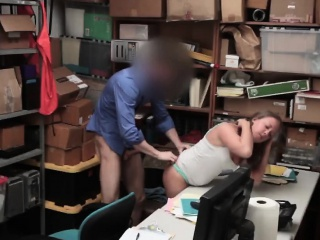brunette thief brooke bliss gives head in office