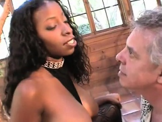 hot black girl makes white dude's arse fetisj come true
