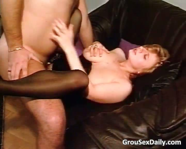 Porno Video of Amateur Brunette Milf In Stockings