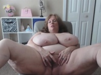 OMFG This Granny Has Some Monster Natural tits | Porn-Update.com