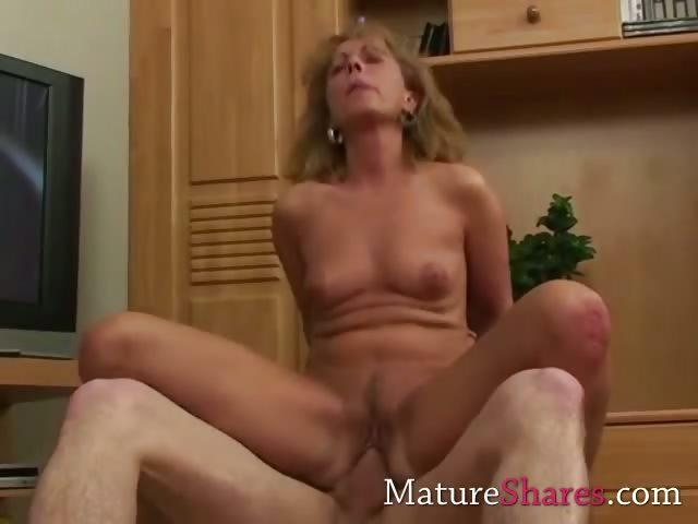 Porn Tube of Steamy Skinny Mature
