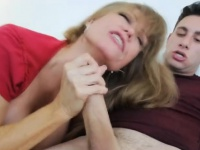 Mom swoops in to sucks after daughter fights with BF | Porn-Update.com