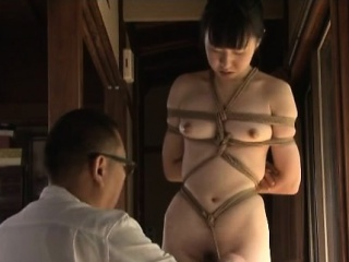 sexy gal gets anal stimulation with toys in show xxx