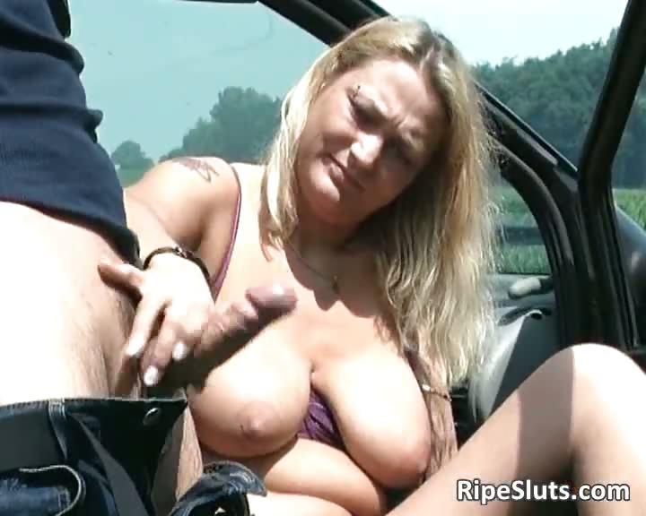 Porno Video of Sexy Bitch With Big Boobs Is Giving