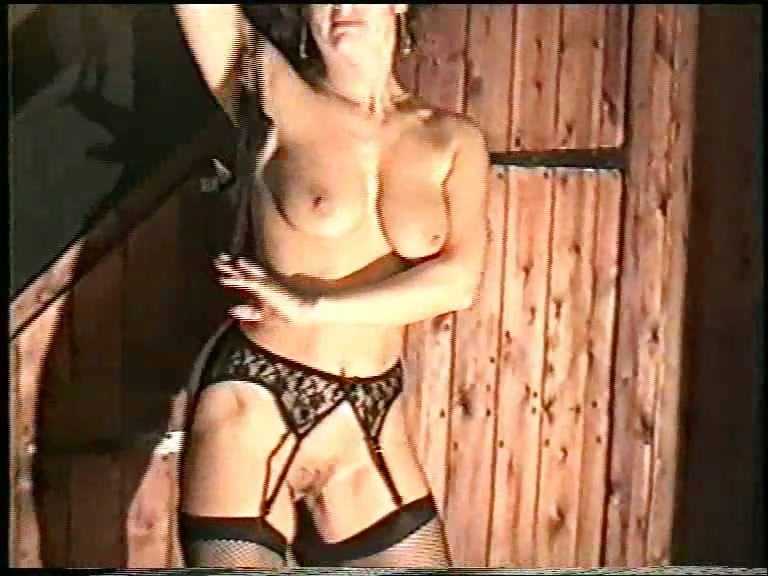 Porno Video of Mature Stripper