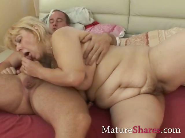 Porno Video of Chubby Blonde Mature