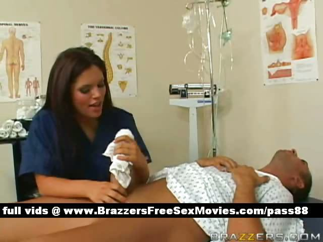 Porno Video of Hot Brunette Nurse Makes A Patient A Bath