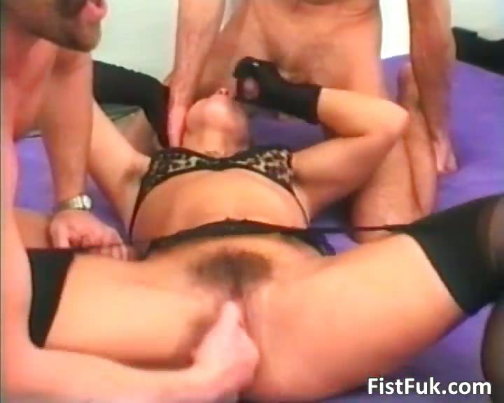 Porn Tube of Dark Haired Woman In Lingerie Gets Her