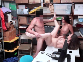 Huge Cock Inside Foxy Cutie Jacker