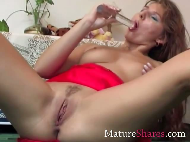 Sex Movie of Lovely Housewife In Exciting Solo